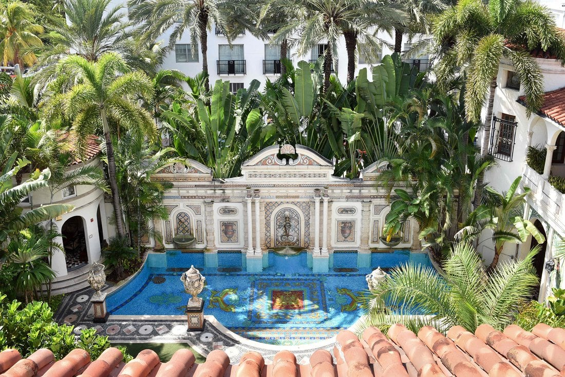 10 Secrets of Gianni Versace's Miami Mansion-01.jpg