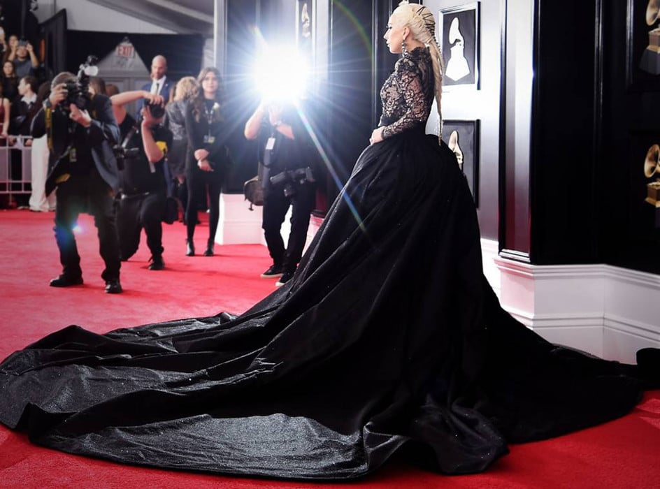 Lady-Gaga-Grammy-Awards-Red-Carpet.jpg